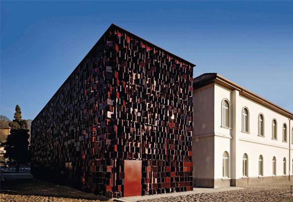 Biblioteca en Nembro