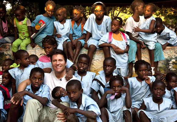 Iván Mañero en uno de sus viajes a África. Foto: elmundo