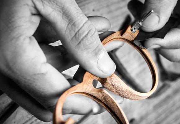 Gafas en madera Laveta. Haz clic para comprarlas