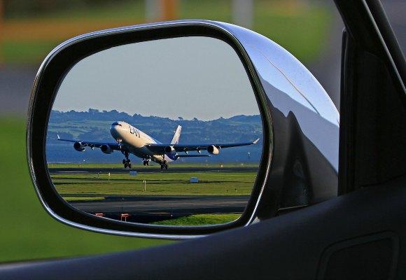 Lux Estres post avion espejo