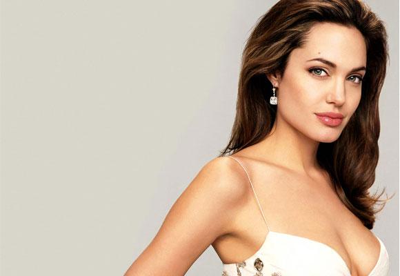 Angelina tras la doble mastectomía