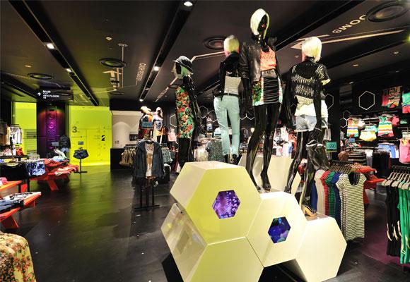 En las tiendas de ropa la música aumenta las ventas. Foto: foroparalelo