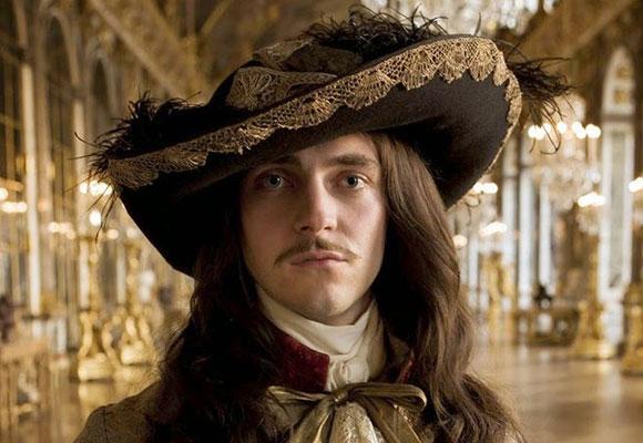 Imagen de la primera temporada de Versailles, próximamente en Movistar Series.