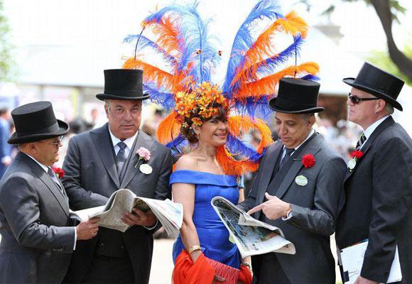 Vuelven los sombreros a Ascot