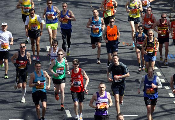 Corredores en el Maratón de Londres. Foto: wikimedia
