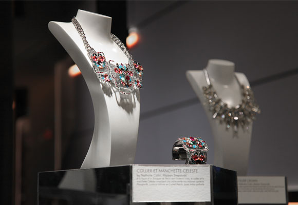 Diseños Swarovski incluidos en la exposición