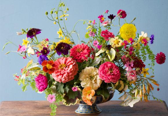 Inspirada en los pintores XXX, sus diseños también pueden ser dramáticos y audaces. © 2015 Tulipina Floral Design.