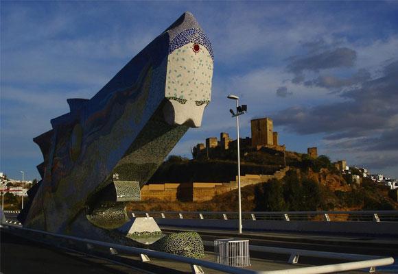 Detalle de la cabeza del Dragón. Foto: panoramio