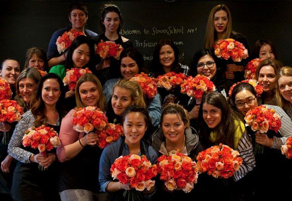 Las alumnas graduadas del programa profesional en primavera. Fotografía FSNY.