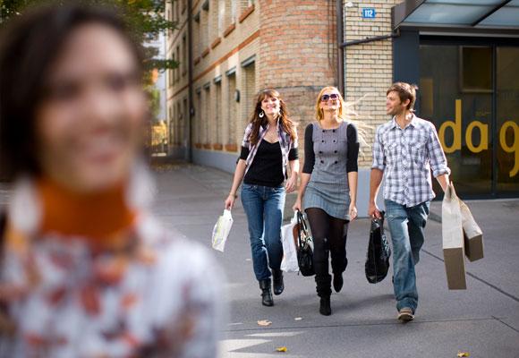 Los millennials poco favorables a los centros comerciales