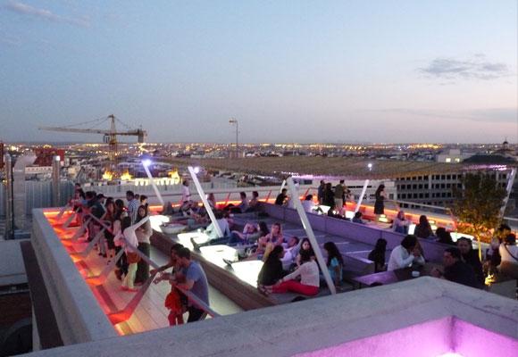 Terraza del Círculo de Bellas Artes madrileño. Haz clic para conocerla