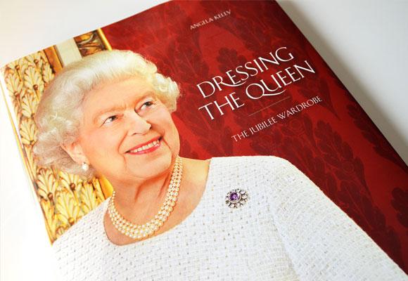 Libro Dressing the Queen. Haz clic para comprarlo