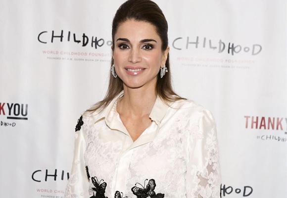 Por su estilo y belleza, muchos comparan a Camila con Rania de Jordania