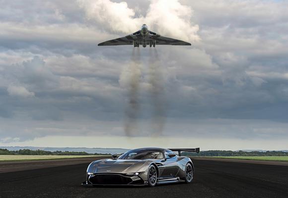 Aston Martin Vulcan Avro Vulcan 2