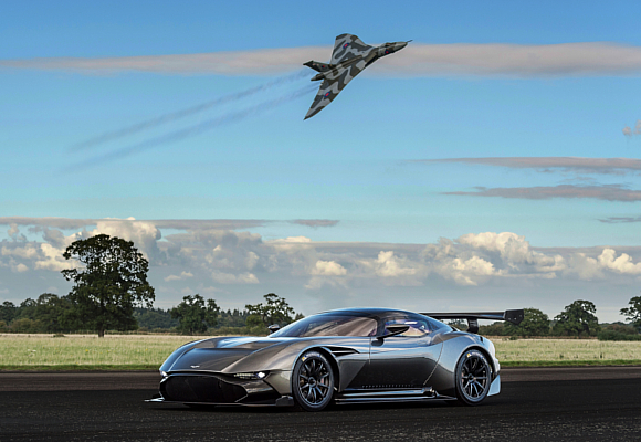 Aston Martin Vulcan Avro Vulcan 5