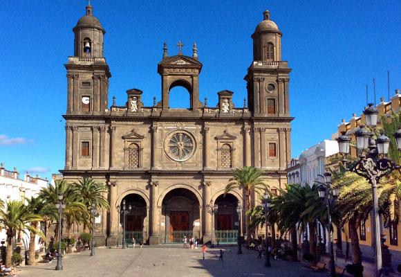 Plaza de Santa Ana y catedral de Las Palmas