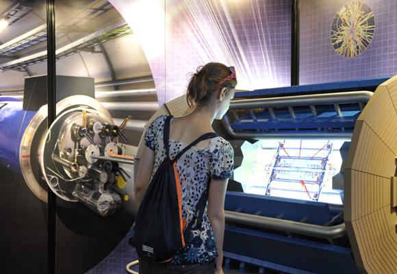 Exposición 'Acelerando la ciencia' de Cosmocaixa