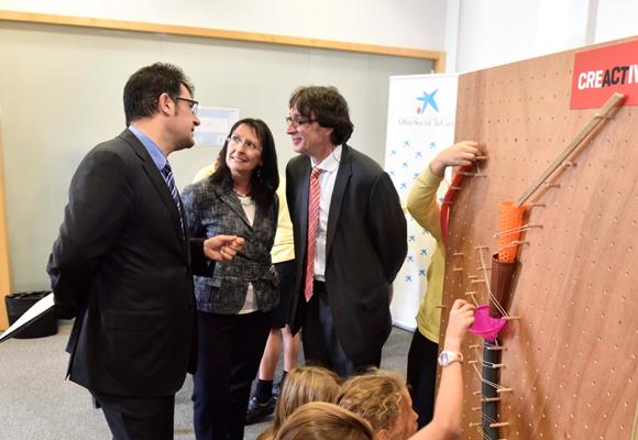 La directora general adjunta, Elisa Durán, y el director del área de investigación social