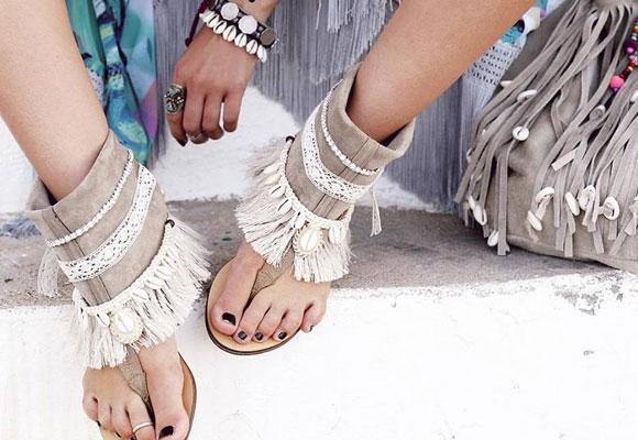 Fueron pioneras en crear las sandalias abotinadas