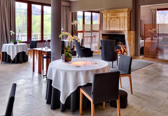Sala del restaurante de Martín Berasategui