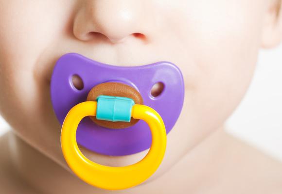 De látex o silicona, es el bebé el que elige cuál le gusta más