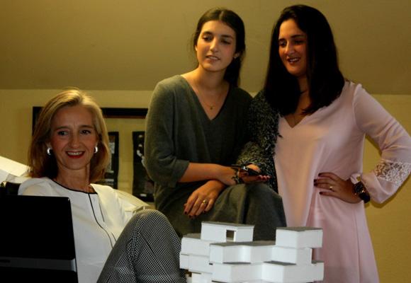 Ascensión y sus dos hijas se encargar de 'Regala Serendipity'