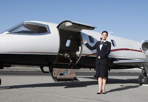¿Los gastos por un avión privado compensan?