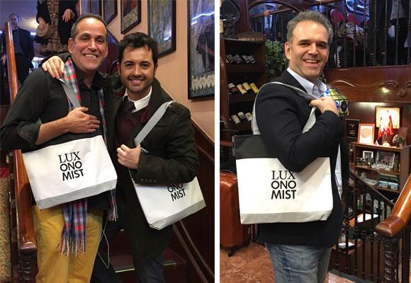 Nuestros chicos también presumieron de LuxoBags. En la foto Aurelio Manzano, Daniel Calmantes (El Corte Inglés) y Jesús Encinar (idealista)
