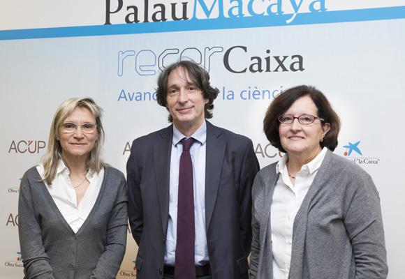 """Pilar Prieto (UPF); Jordi Portabella, Fundación Bancaria """"la Caixa"""", y Laura Bosch (APAL y UB)"""