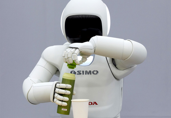 ¿Y si un robot sustituyera a un camarero? Ya los hay en pruebas en Japón