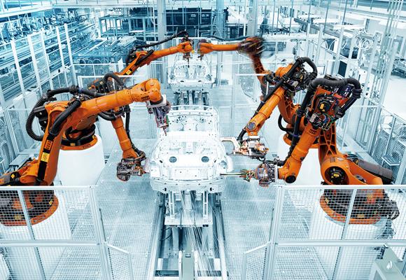 Uno de los robots industriales de la compañía Kuka