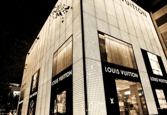 Las tiendas de lujo repliegan la expansión de tiendas en China