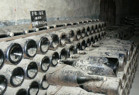 Cavas subterráneas Champagne Mumm en Reims