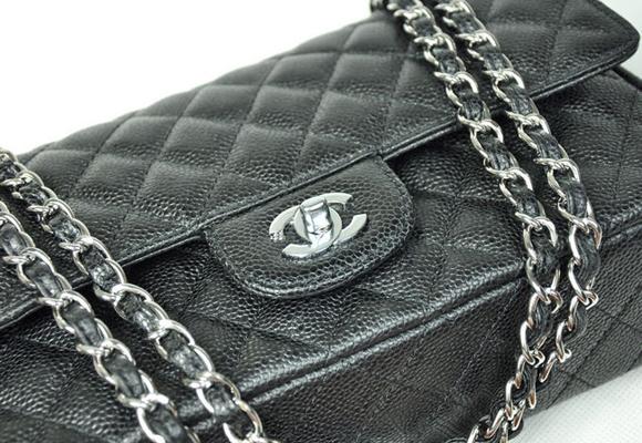 Aquí puedes comprar tu 2.55 de Chanel