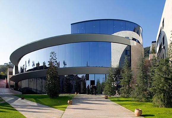 El IESE está entre los mejores centros de negocios del mundo