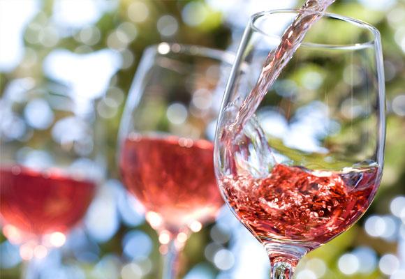 Los rosados deben su color al contacto la piel de la uva tinta