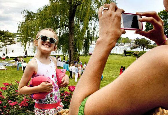 Sancho refleja a través de fotos las fiestas infantiles de NY