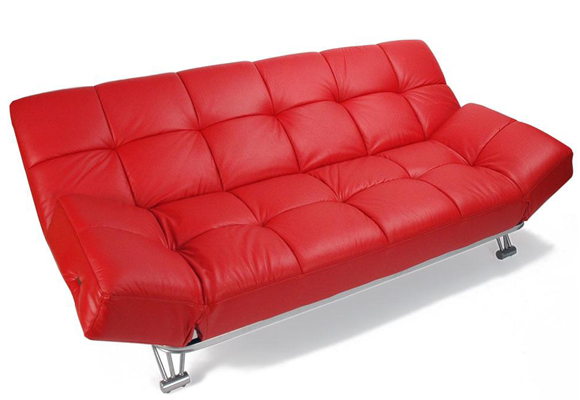Sofá rojo con un estilo retro en piel. Cómpralo aquí