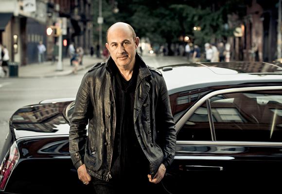 El director creativo de la firma, John Varvatos, que abrirá tienda en Moscú en marzo