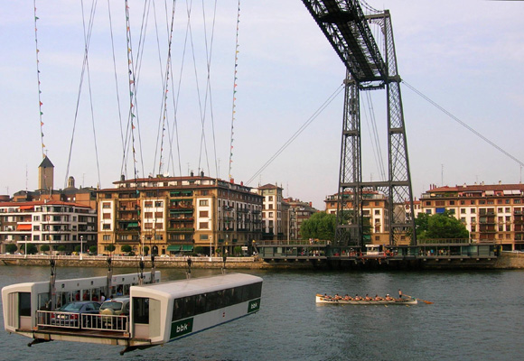 El primer transbordador del mundo, el de Portugalete