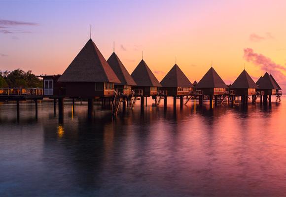 Ver atardecer en Kuendu Beach, un paraíso de relax