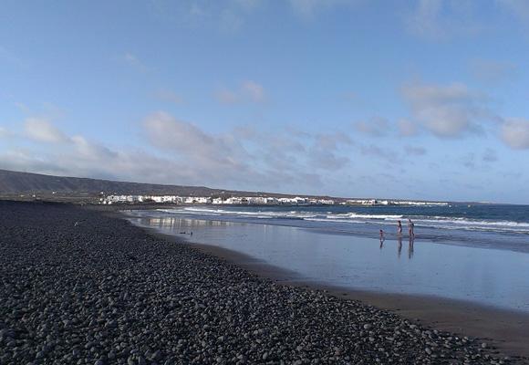 Las playas de Lanzarote, ideales para disfrutar con toda la familia