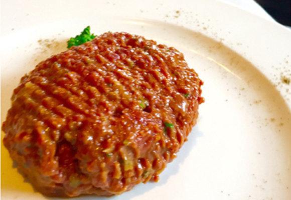 Steak tartare de Higinio's. Delicioso