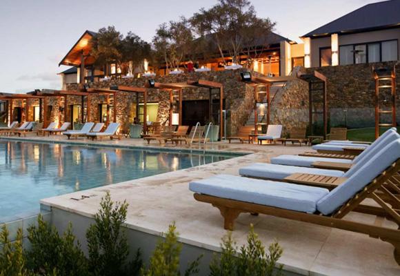 Reserva aquí tu estancia en el maravilloso Pullman Bunker Bay Resort