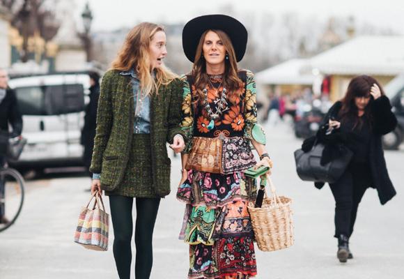 La extravagancia de Anna Dello Russo la han convertido en una de las reinas de la moda