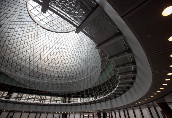 Interior de la cúpula de la estación