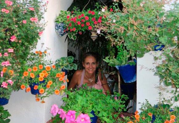 Carla en uno de los maravillosos patios de Córdoba