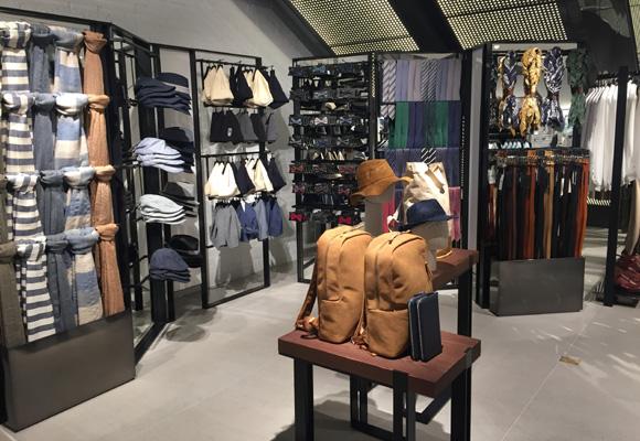 Colección de accesorios de Zara. Compra aquí