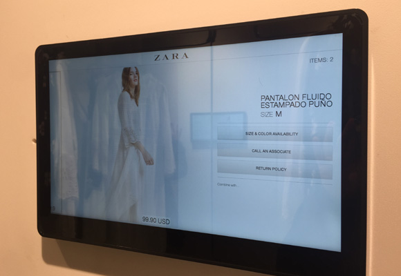 Sistema RFID con el que puedes ver qué tallas hay o el precio de la prenda que quieras