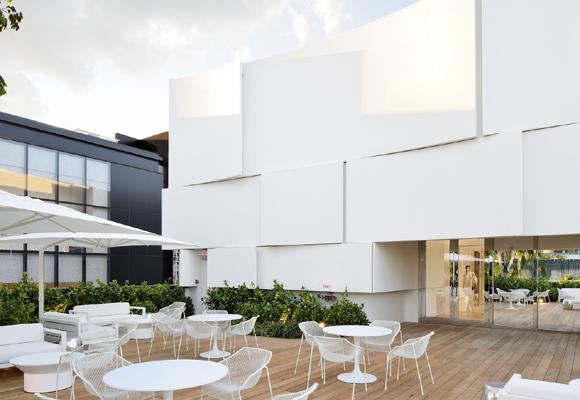 Terraza con zona VIP para disfrute de unos pocos bolsillos